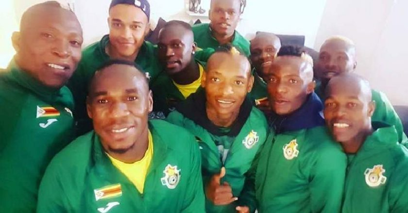 The warrior pose for a selfie PIC: COURTESY OF ZIMNEWS.NET