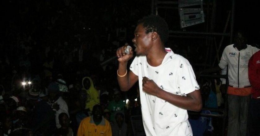 Kinnah performing at his birthday bash PIC: T. NDABAMBI | ZIMBOJAM. COM