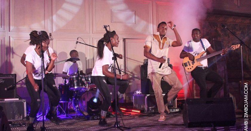 Sam Dondo perfoming at his launch PIC: T. NDABAMBI | ZIMBOJAM.COM