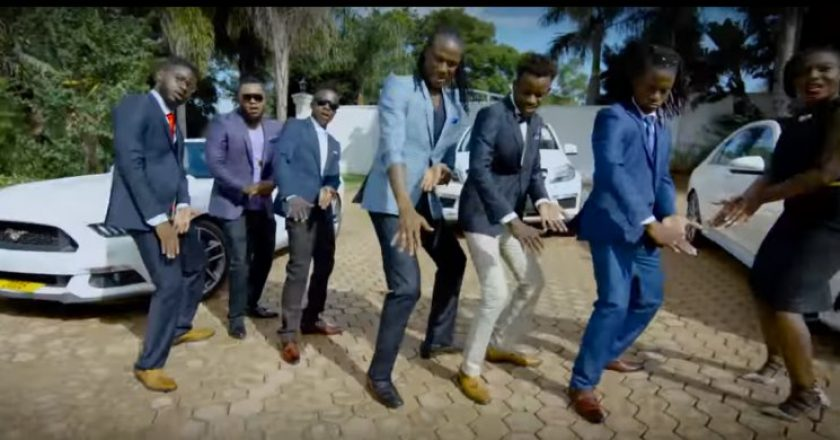 On set, MTM crew does the Chekeche dance PIC: CHEKECHE VIDEO