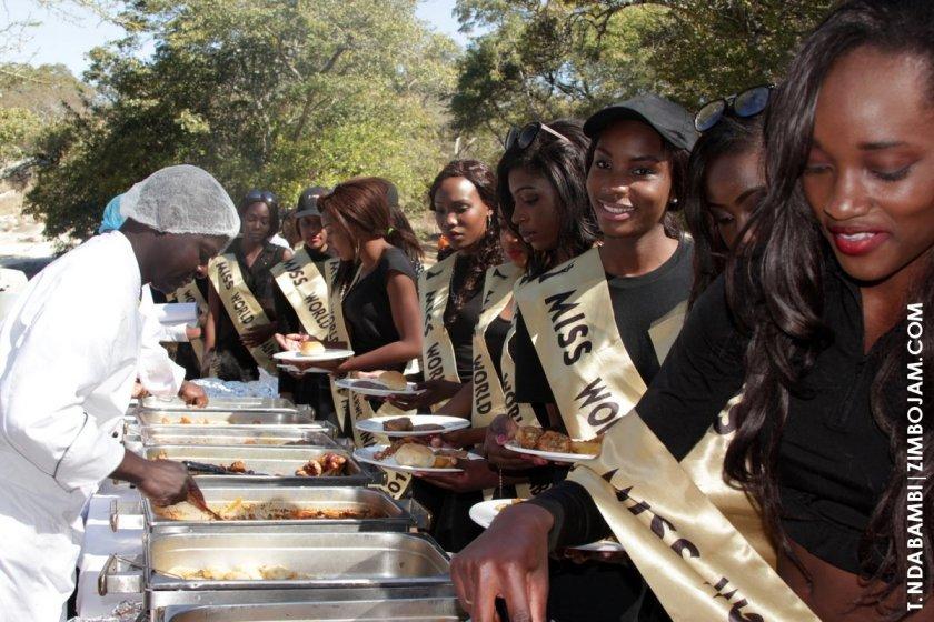 Lunch at Eldorado Game Park PIC: T. NDABAMBI | ZIMBOJAM.COM